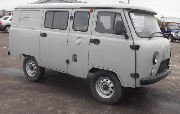 UAZ 390995