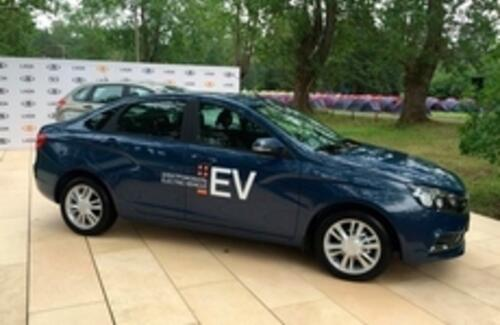 АвтоВАЗ показал электрическую Lada Vesta EV
