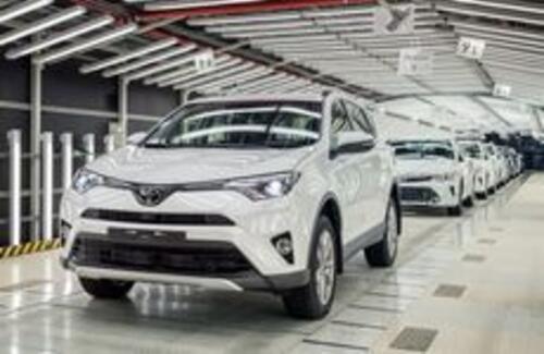 Toyota RAV4 начали собирать в России