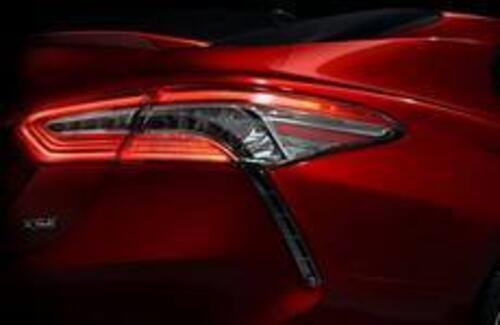 Новую Toyota Camry покажут 9 января