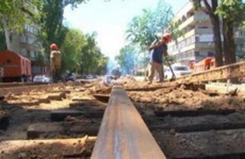 Движение на дорогах Алматы будет затруднено до осени