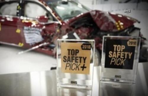 Названы самые безопасные автомобили 2018 года
