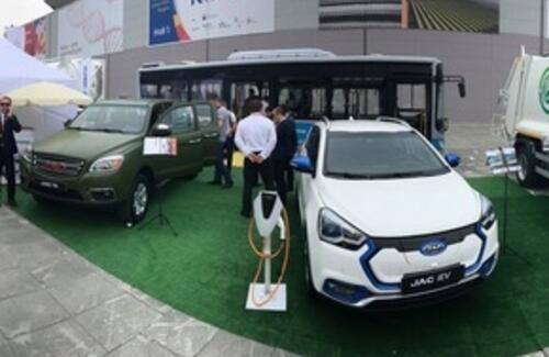 Автомобили производства РК дебютировали на международной выставке в России