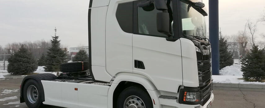 Scania R440