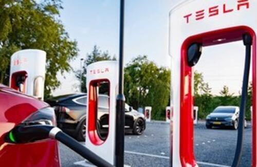 В Алматы откроется первый в Казахстане сервис Tesla