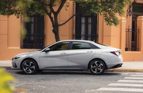 Совершенно новая Hyundai Elantra