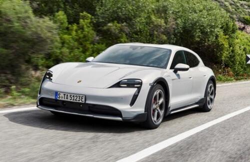 Porsche Taycan стал кросс-универсалом
