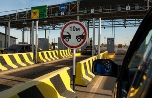 Тарифы за проезд по платным трассам могут снизить для большегрузов
