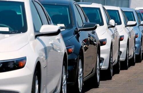 Временно ввезенные в Казахстан авто нужно вывезти из страны до 30 сентября